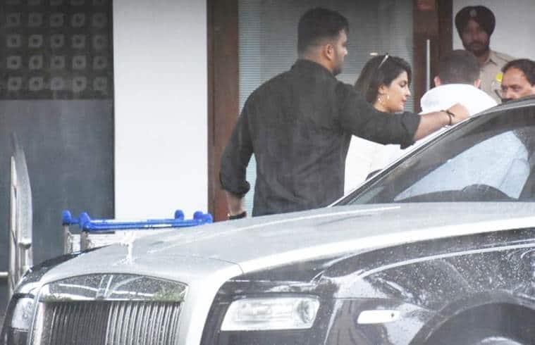 Priyanka chopra nick jonas leave to goa