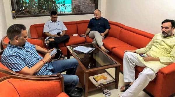 AAP dharna: Arvind Kejriwal vs LG