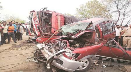 Yavatmal-Nanded road, Road accident, ten people dead, Kosdani ghat accident, Maharashtra news, Indian express