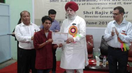 Union minister S S Ahluwalia visits Manipur, distributes certificate to trainees of skill developmentcourses