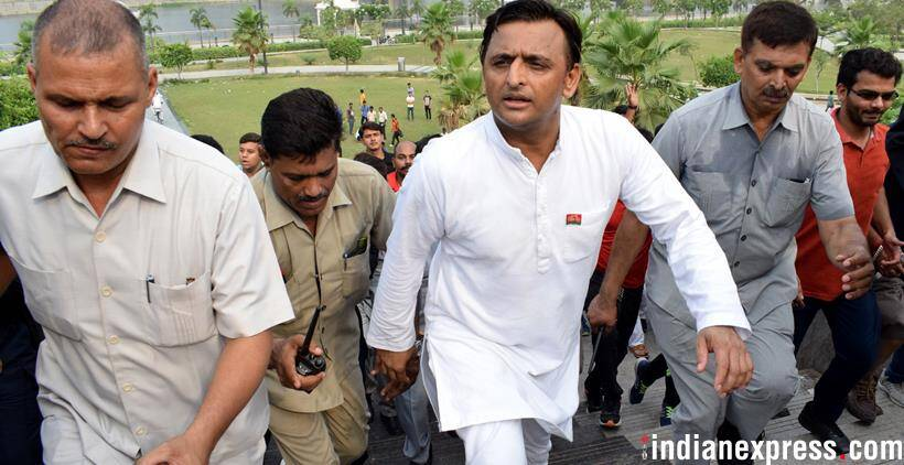 Akhilesh Yadav cycling, plays cricket