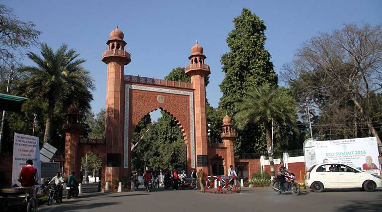 Aligarh Muslim University, Aligarh Muslim University, AMU students fight, AMU students protest, indian express