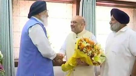 Sampark for Samarthan: Amit Shah meets top SAD leaders in Chandigarh