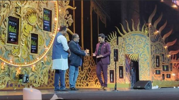 Manoj Muntashir iifa awards 2018