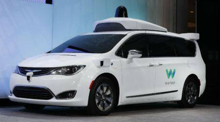 Google's Waymo to add 62,000 minivans to its self-driving car service