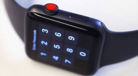 Apple Watch may get solid side touch-sensitive buttons:Report