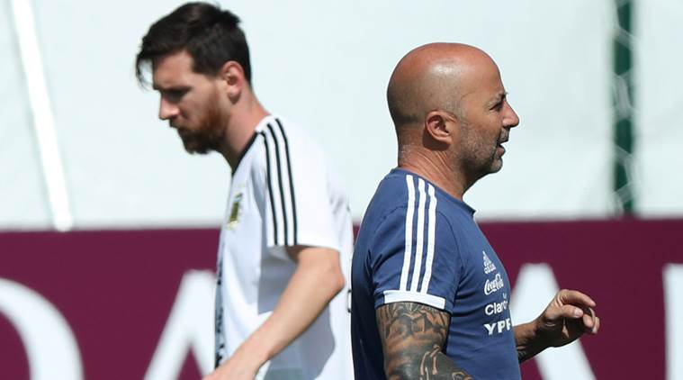 Messi enjoys playing for Argentina, says Sampaoli