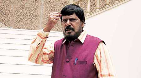 Shiv Sena will suffer if it snaps ties with BJP: Ramdas Athawale