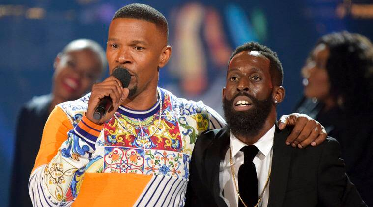 Jamie Foxx and Tye Tribbett at bet awards