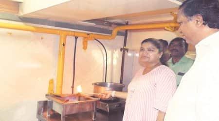 Holy family hospital, Mumbai hospital, Natural gas, Bio gas, Mumbai news, Indian Express