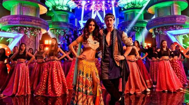 baaghi 2 day one collection