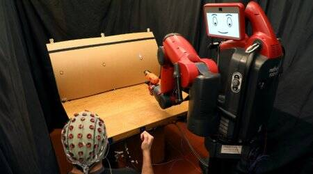 New system lets you control robots with brain waves, hand gestures