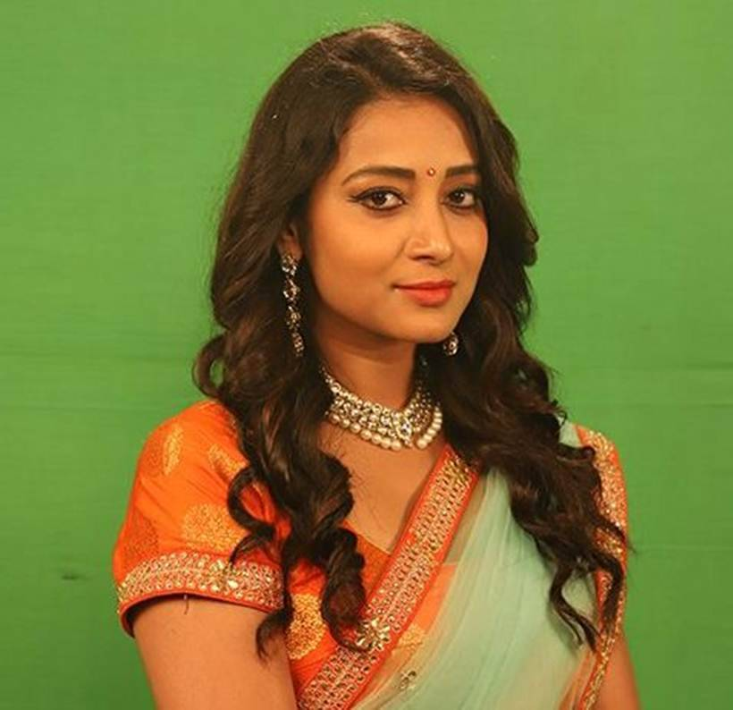 Bhanu Sree is bigg boss telugu contestant