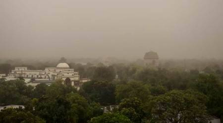 As heatwave continues in Delhi, air quality levels slip to 'severe' category