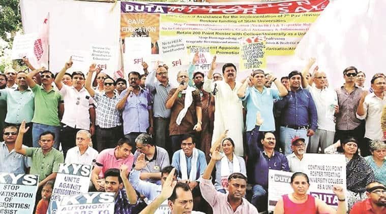 Delhi University: Evaluation boycott will continue, DUTA decides at meeting
