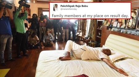 HD Deve Gowda's 'yoga on bed' pictures leave Twitterati inspired