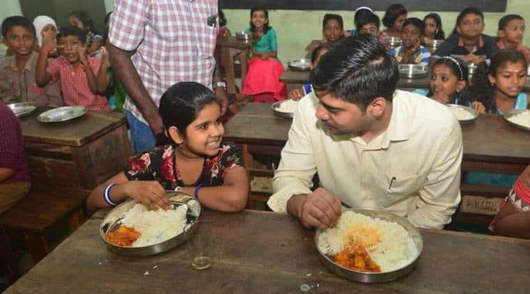kerala, kerala ias officer, District Collector Alappuzha, District Collector Alappuzha mid day meal, kerala ias officer school kids, india news, indian express, viral news, good news