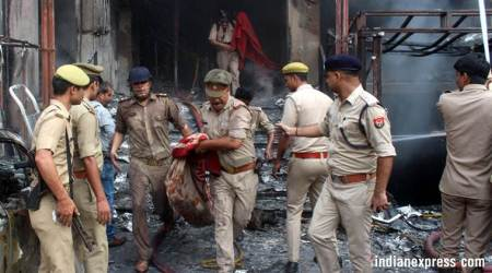 Lucknow: Fire engulfs hotel in Charbagh, at least five dead, several injured