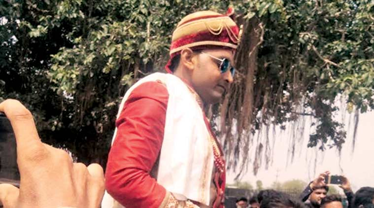 Gujarat: Dalit groom reaches bride's home on horse under police protection in