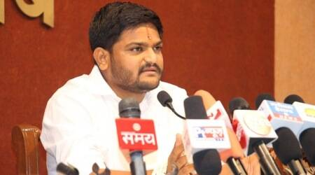 Sunny Leone deserves respect as a mainstream actress: Hardik Patel