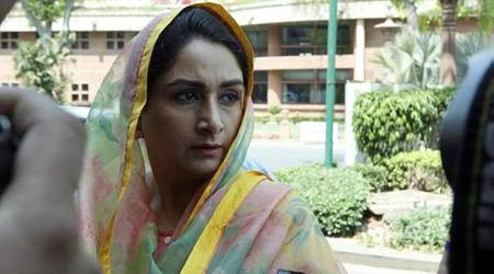 Harsimrat Kaur Badal demands Arvind Kejriwal to sack Sukhpal Singh Khaira for Sikh referendum remarks