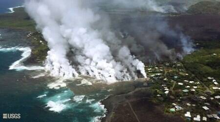 Hawaii volcano lava destroys hundreds of homesovernight