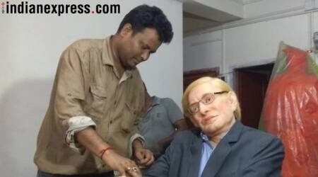 Kolkata will soon have a Stephen Hawking statue, check out photos here