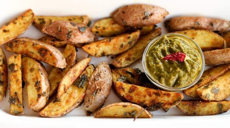 home made potato fries, potato fries recipe, potato wedges recipe, home made french fries, how to make potato fries, easy indian recipes, easy snacks recipes, express recipes, indian express, indian express news