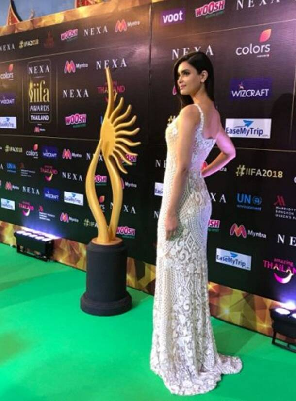 Diana Penty iifa green carpet