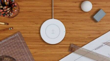 wireless charging, samsung, apple, wireless, wireless charger, samsung wireless charging, wireless charging pad, samsung wireless charger, samsung galaxy s5 wireless charging, doca fast wireless charger for apple and samsung, samsung wireless charging stand, charging, iphone wireless charging, wireless charging stand, s5 wireless charging, fast charging, samsung galaxy (brand), inductive charging, samsung fast charger