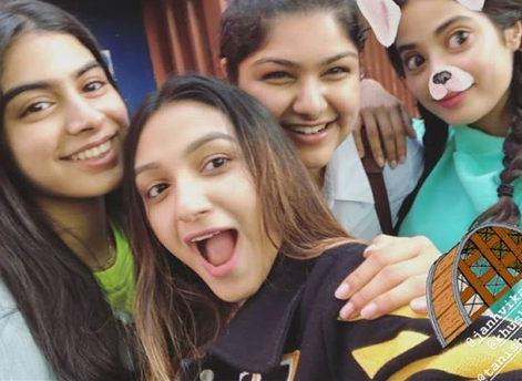 Janhvi Kapoor, Khushi Kapoor Anshula Kapoor london vacation