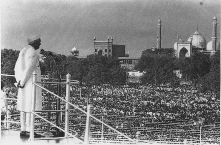 Jawahar Lal Nehru, Red Fort, Red Fort controversy
