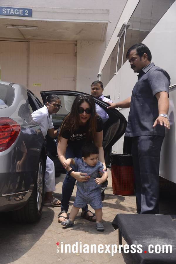 Taimur Kareena latest photo