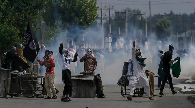 Clashes in Kashmir after Eid prayers, one dead
