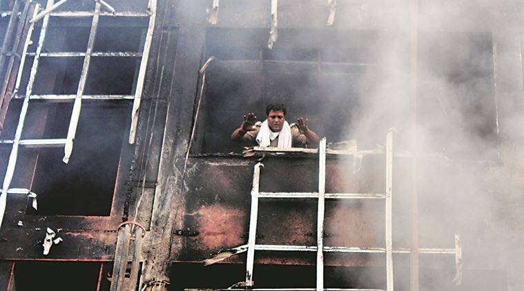 lucknow hotel fire