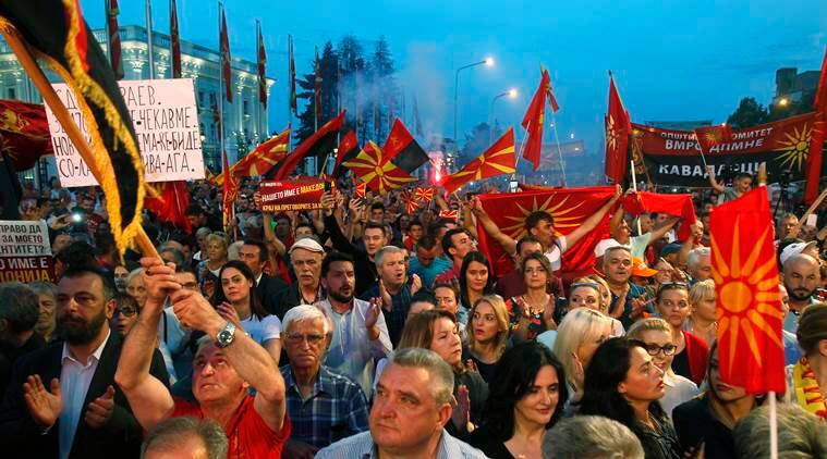 Thousands protest against the government in Macedonia, demand early election