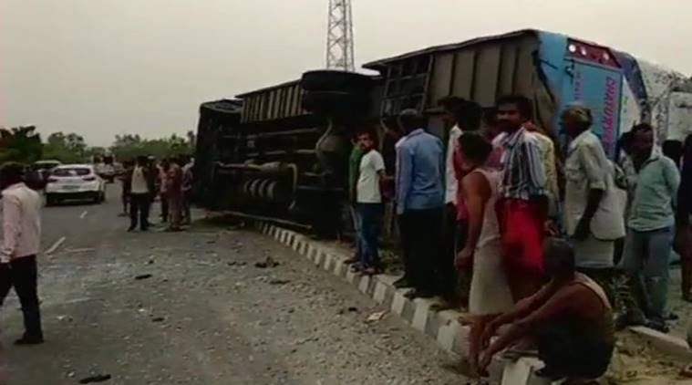 mainpuri bus accident death toll