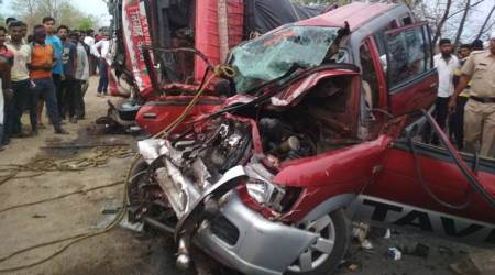 Atleast 10 people killed in road mishap near Nagpur