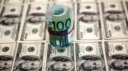Forex reserves plunge below USD 400 bn mark