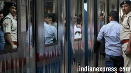 Angry passengers hold up train for an hour over poor sanitation; get toilets, coaches cleaned