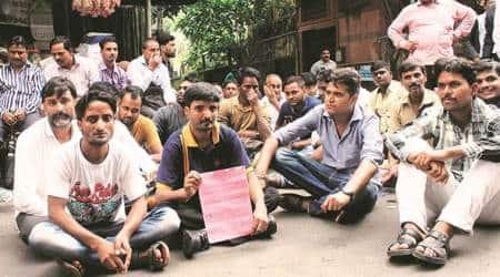 Mumbai plane crash: After assurance of compensation, kin of pedestrian killed in crash liftdharna