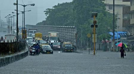 Mumbai rains HIGHLIGHTS: Rains stop but waterlogging in many areas