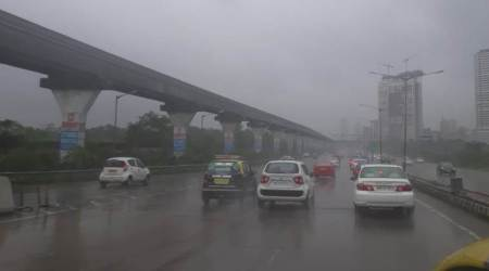 Mumbai rains LIVE updates: Trains delayed, buses diverted, traffic snarls across city