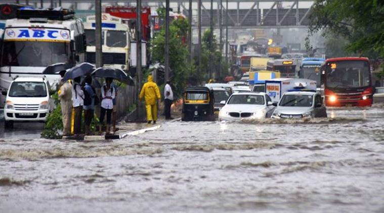 mumbai rains, mumbai rain deaths, mumbai traffic jam, mumbai waterlogging, mumai monsoon, rains in mumbai, maharashtra rains