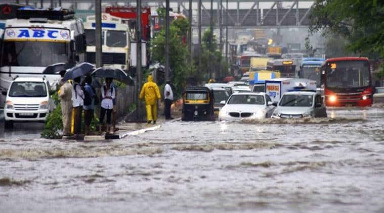 mumbai rains, mumbai rain deaths, mumbai traffic jam, mumbai waterlogging, mumai monsoon, rains in mumbai, maharashtra rains