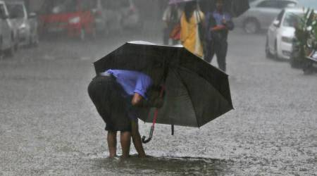 Monsoon HIGHLIGHTS: Rain lashes Lucknow, Met Dept predicts very heavy rainfall in Mumbai, Goa today