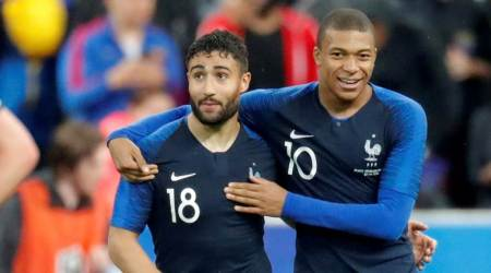 Lyon forward Nabil Fekir's Liverpool move falls through
