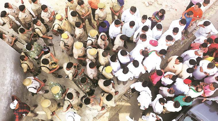Protests against waste plant escalate, 80 held in Noida
