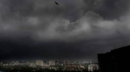 Heavy rains lash Mumbai, throw life out of gear as monsoon makes landfall