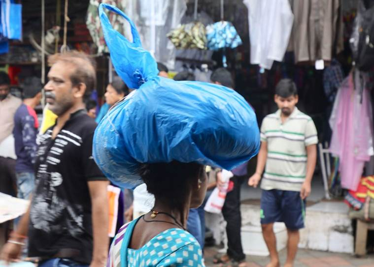 Maharashtra plastic ban day 1: Mumbai people shift to jute, cloth bags; usage of plastic bags still seen